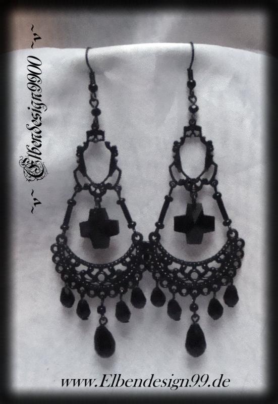 chandeliers ~Desdemona~